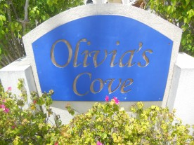 OLIVIA'S COVE - EXECUTIVE CANAL FRONT in GOVERNOR'S HARBOUR For Rent, Seven Mile Beach Property