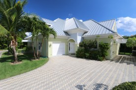 Savannah Grand 4 bedroom Duplex For Rent, Bodden Town Property