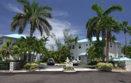 Grand Palms - Cayman Luxury Property